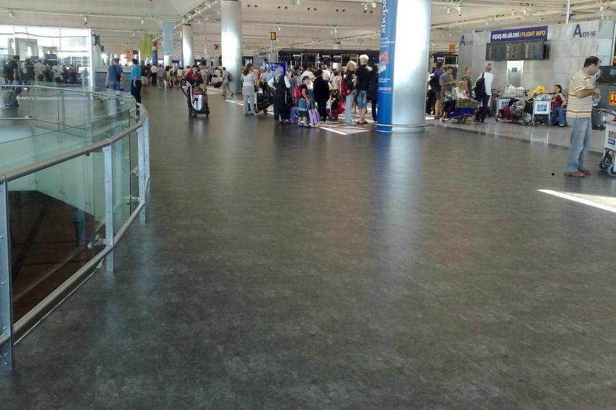 Atatürk havalimanı - İç hatlar
